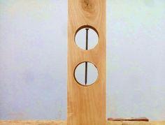 Elemento mágico de madera y hierro. Parece imposible.