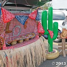 Western Trunk or Treat Car Decorations this is from oriental trading, but would be easy to pull together.