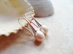 FREE SHIPPING! Sterling silver earrings with freshwater pearls, elegant jewelry, delicate and feminine, Selma Dreams bridal jewellery by SelmaDreams on Etsy