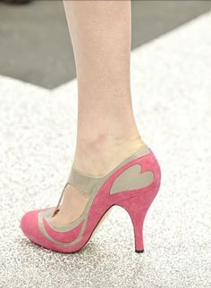 Shoe Game.