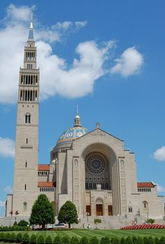 RC Cathedral of Immaculate Conception. Largest RC Cathedral in US but not an exceptional piece of architecture Catholic Churches, Roman Catholic, Christian Church, Christian Faith, Catholic University, Immaculate Conception, Church Design, Iglesias, Place Of Worship