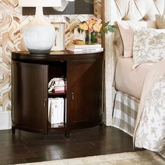 Bedside Nightstands come in all sizes and shapes, but nothing says welcome quite. Bedside Nightstands come in all sizes and shapes, but nothing says welcome quite like a demilune ca Cute Home Decor, Easy Home Decor, Home Decor Bedroom, Cheap Home Decor, Entryway Decor, Bedroom Ideas, Mirrored Side Tables, Side Tables Bedroom, Demilune Table