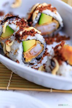 Shrimp Tempura Roll Recipe - Crispy and Delicious in a Sushi Roll Healthy Sushi Rolls, Sushi Roll Recipes, Sauce Recipes, Seafood Recipes, Cooking Recipes, Cooking Tips, Healthy Recipes, Sashimi, Recipes