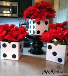 Triple dice and roses centerpiece