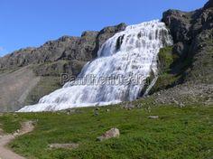 Der Dynjandi ist auch unter dem Namen Fjallfoss bekannt (Westfjorden)