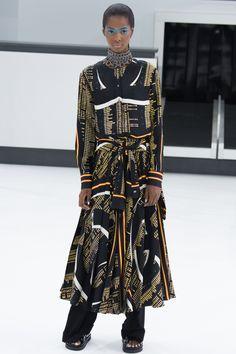 Chanel Spring 2016 Ready-to-Wear Fashion Show - Tami Williams (Elite)