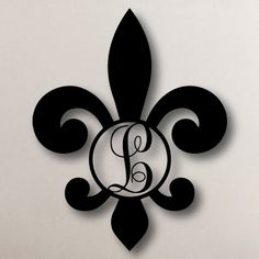 Single Initial Fleur-de-Lis - Circle Metal Monogram