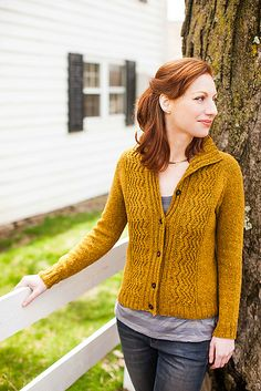 Ravelry: Reverb pattern by Tanis Lavallee May 2013 #knit