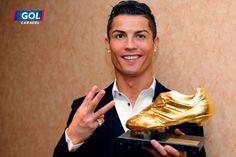 Cristiano Ronaldo recibe su tercera bota de oro consecutiva. El mejor jugador del mundo