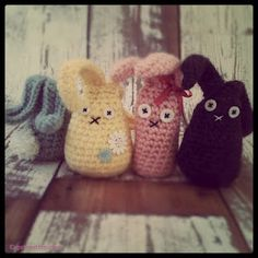Simple, last-minute crochet project for the kiddos Easter Baskets ~ so cute!