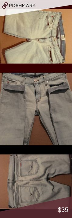 Hudson women's Super Skinny Cuff jeans Women's jeans size 28 in excellent condition. They are made of 92% Cotton 6% Polyester and 2% Elastan. Hudson Jeans Jeans Skinny