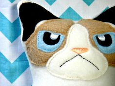 Shop for slime on Etsy, the place to express your creativity through the buying and selling of handmade and vintage goods. Cat Crafts, Felt Animals, Softies, Pet Birds, Fabric Crafts, Grumpy Cats, Metro Detroit, Kitty, Crafty