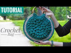 In this video I will show you how to make round crochet Bag. This crochet tote bag is a very popular bag design for I hope that you will like this Bag . Crochet Tote, Crochet Handbags, Crochet Purses, Crochet Crafts, Crochet Projects, Yarn Bag, Diy Tote Bag, Flower Bag, Round Bag
