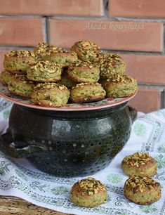 Sprouts, Vegetables, Sweet Stuff, Food, Vegetable Recipes, Eten, Veggie Food, Brussels Sprouts, Meals
