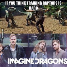 Imagine dragons/jurassic world humour. Pentatonix, Vocalista Imagine Dragons, Jurassic World, Jurrassic Park, Dan Reynolds, Dragon Memes, Picture Fails, Pokemon, Music Memes