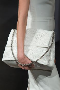 Browse New York Fashion Week Spring 2015 pictures from the Christian Siriano runway show. Christian Siriano, Spring 2015, Summer 2015, Spring Summer, Bags 2015, Christian Pictures, Best Handbags, Purses And Bags, Lv Bags