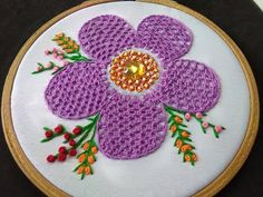 Hand Embroidery - Lace Stitch Embroidery For Beginners Hello friends welcome to crafty creations. In this video we will show you how to sew lace stitch hand embroidery for beginners, feather stitch, lazy daisy stitch, french knot , stem stitch for beginn Hand Embroidery Videos, Embroidery Stitches Tutorial, Hand Embroidery Flowers, Embroidery For Beginners, Hand Embroidery Patterns, Embroidery Techniques, Needlepoint Stitches, Needlework, Feather Stitch