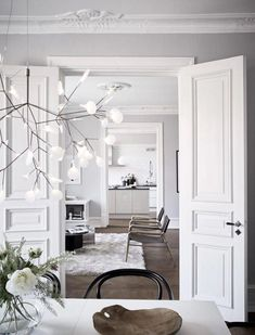 Interior Design Kitchen, Interior Decorating, Classic Interior, Scandinavian Interior, Contemporary Decor, House Rooms, Beautiful Interiors, Interior Design Inspiration, Home And Living