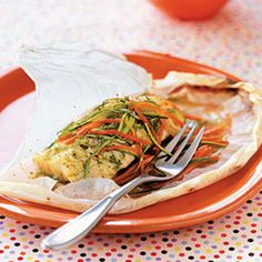 Halibut in parchment with pesto and zucchini