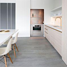 Obumex : la référence en cuisines sur mesure : cuisines à vivre, cuisines design, cuisines modernes, cuisines de style rural. Admirez nos œuvres.