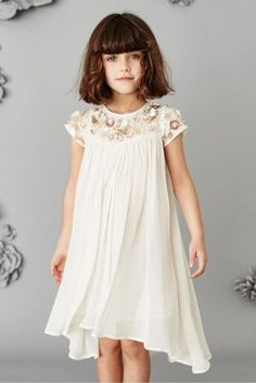 Special occasion to go to? Take a look at our Occasion ware so your kids look like little princes and princesses at all parties!