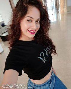 Jannat Zubair Rahmani is Indian One Of Cutest Actress and Tiktok Star Now. Jannat Zubair Rahmani Images Are So Cute And At Same Time Hot. Girls Dp Stylish, Stylish Girl Images, Teen Actresses, Indian Actresses, Cute Girl Poses, Cute Girls, Sweet Girls, Beautiful Indian Actress, Beautiful Actresses