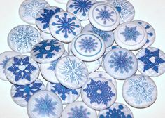 """10 Blue Winter Snowflakes 1 Inch Pinback Buttons Christmas Holiday 1"""" Pins. $5,00, via Etsy."""