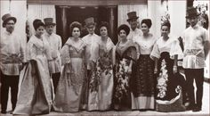 Filipino women in the traditional baro't saya with butterfly sleeves and overskirt, Filipino men in barong Tagalog Les Philippines, Philippines Fashion, Philippines Culture, Filipiniana Wedding, Filipiniana Dress, Barong Wedding, Barong Tagalog, Filipino Culture, Sr1