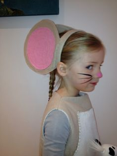 Little brown mouse from gruffalo costume