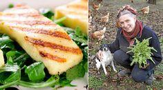 Det är lättare än du tror att göra egen halloumi. Så här gör familjen Mandelmann på gården Djupadal på Österlen i Skåne. Så gott! Veggie Recipes, My Recipes, Cooking Recipes, Veggie Food, Halloumi, Anti Inflammatory Recipes, How To Make Cheese, Fruits And Veggies, I Love Food