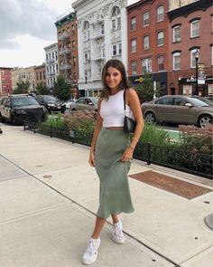 "Viviane Audi on Instagram: ""Rachel Green vibes ✨ Hair up or down?! . . . .  #vivianewears skirt is on sale- comes in lilac! Sneaks are linked & Similar top is linked!…"""