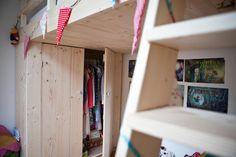 Videbed / hoogslaper van nieuw steigerhout met kast