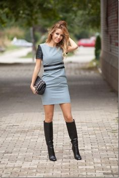 Hugo Boss Dresses, Gucci Boots and Chanel Bags Fashion Blogger Style, Diva Fashion, Skirt Fashion, Fashion Boots, Womens Fashion, Fashion Tips, Skirts With Boots, Dress With Boots, Mini Skirts