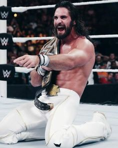 Seth Rollins competes in his second Night of Champions match when he puts the WWE World Heavyweight Championship on the line against Sting. Wwe Seth Rollins, Seth Freakin Rollins, Becky Wwe, Best Wrestlers, Catch, The Shield Wwe, World Heavyweight Championship, Wwe World, Wwe Tna