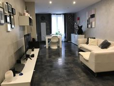 Fantastic,modern apartment with laundry room in great location http://www.retemax.com/fantastic-modern-apartment-with-o461819.html