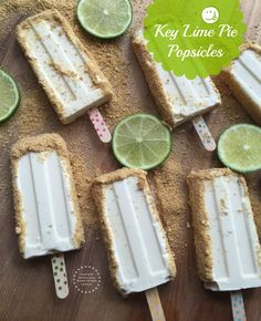 Key Lime Pie Popsicles Recipe Desserts with evaporated milk, condensed milk, key… Healthy Dessert Recipes, Delicious Desserts, Frozen Key Lime Pie, Key Food, Homemade Popsicles, Cookie Crumbs, Popsicle Recipes, Frozen Desserts, Frozen Treats