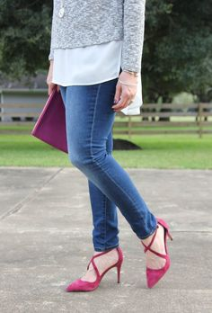 Houston Fashion Blogger wears burgundy heels and distressed jeans for fall style.