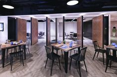 Spatial Concept has designed a new office space for Hong Kong law firm Stephenson Harwood. The Stephenson Harwood Hong Kong Headquarters, designed by Spatial Future Office, Cool Office, Office Interior Design, Office Interiors, Visual Merchandising, Rest Area, Office Lighting, Design Furniture, Commercial Design
