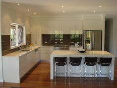 For those who wish to make a comprehensive renovation of their kitchen and for anyone designing a new kitchen, You should read this topic carefully which talks about an awesome solution for you, It's Italian kitchen designs. Cabinet Furniture, Kitchen Furniture, Furniture Design, Cheap Kitchen Cabinets, Painting Kitchen Cabinets, Kitchen Drawing, New Kitchen, Kitchen Tips, Kitchen Ideas