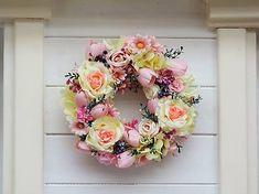 Clarah / Celoročný veniec na dvere Floral Wreath, Wreaths, Home Decor, Floral Crown, Decoration Home, Door Wreaths, Room Decor, Deco Mesh Wreaths, Home Interior Design