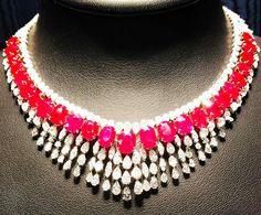 Collier diamanti e rubini #mariagaspari Prezzo al pubblico: 850.000 euro @baselworldofficial