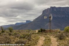 How two Jo'burgers downsized and moved to the Karoo Heartland of South Africa Landscape Photos, Landscape Paintings, Landscape Photography, Barn Pictures, Better Day, Big Sky, Windmills, Serendipity, Roads