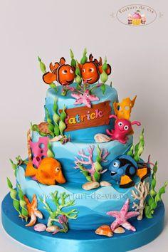 Un tort spectaculos, un tort frumos, un tort delicios.