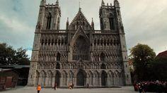 nidarosdomen - Google-søk Notre Dame, Barcelona Cathedral, Building, Google, Travel, Macros, Viajes, Buildings, Trips