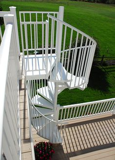 Side view of a 5' diameter aluminum spiral stair * I sort of see me using this as a real quick way down..dizzy and fast. BUT I LOVE EM anyway.