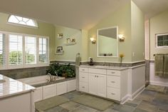 Love this bathroom - relatively compact but indulgent    from starcomdesignbuild.com