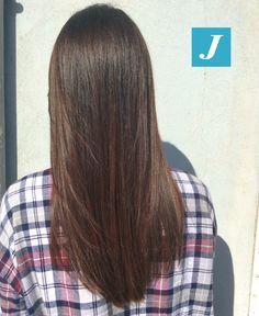 Capelli luminosi e sani, dall'effetto naturale. #Nutella Shades _ Degradé Joelle #cdj #degradejoelle #tagliopuntearia #degradé #igers #musthave #hair #hairstyle #haircolour #longhair #ootd #hairfashion #madeinitaly