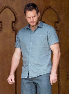 Chris Pratt Filming 'Passengers' in Atlanta Jurassic World Chris Pratt, Actor Chris Pratt, Morris Chestnut, Michael Ealy, Timothy Olyphant, Evolution Of Fashion, Liam Hemsworth, Marvel Actors, Star Lord