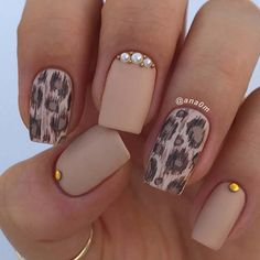 23 Pretty Nail Art Designs for Short Acrylic Nails - 101 NailDesign Best Nail Art Designs, Short Nail Designs, Simple Nail Designs, Acrylic Nail Art, Acrylic Nail Designs, Leopard Nails, Pretty Nail Art, Stylish Nails, Trendy Nails 2019