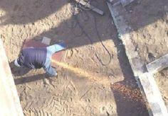 Asstruction Worker